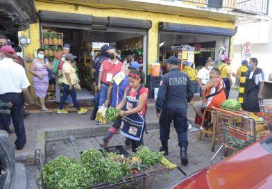 Retiran a ambulantes en el 'Pino Suárez'