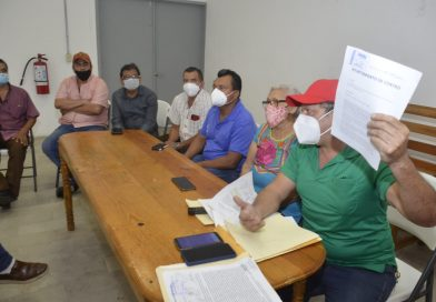 Urgen locatarios del Pino Suárez audiencia con YOH